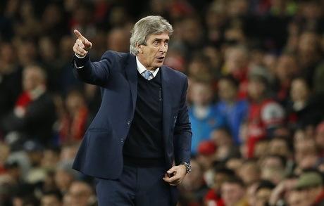 Dewa Liga, Arsenal, Manchester City, Manuel Pellegrini, Yaya Toure,